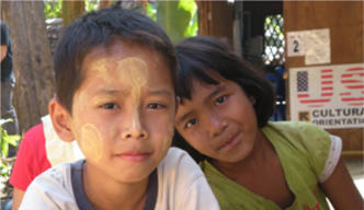 Burmese children in Thailand